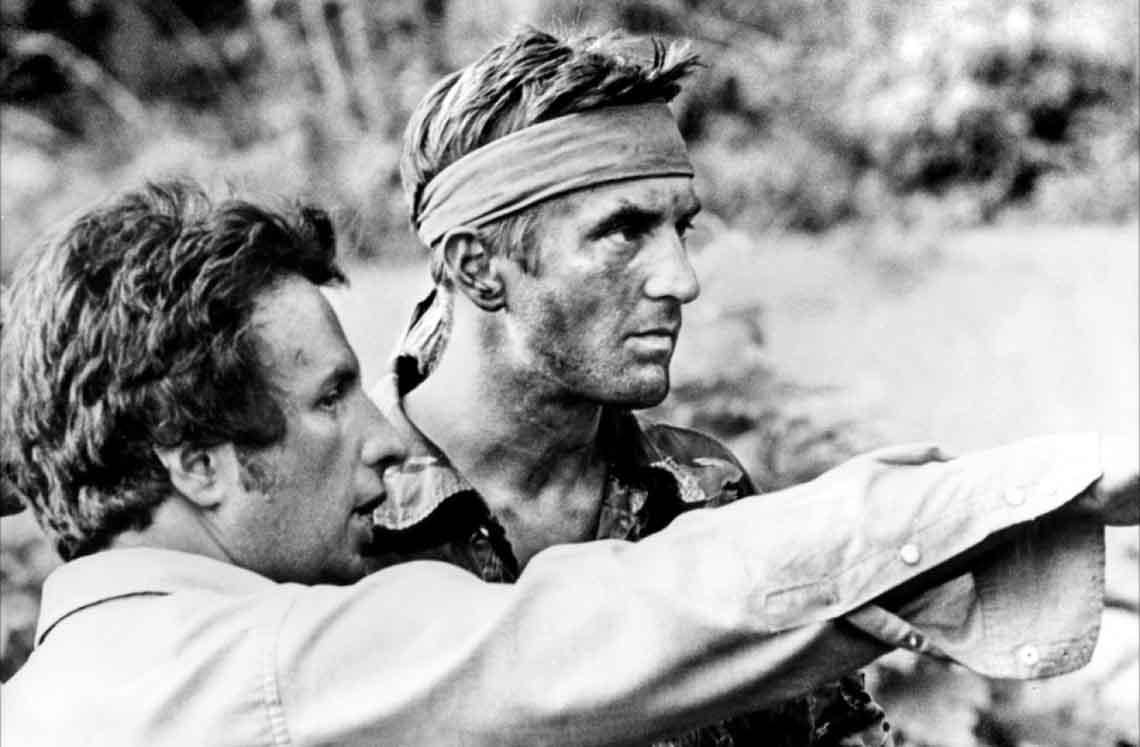 Majkl Ćimino i Robert de Niro na snimanju filma Lovac na jelene (1978)